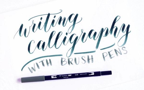 Caligrafía moderna con Brushpen o rotualdor punta de pincel flexible