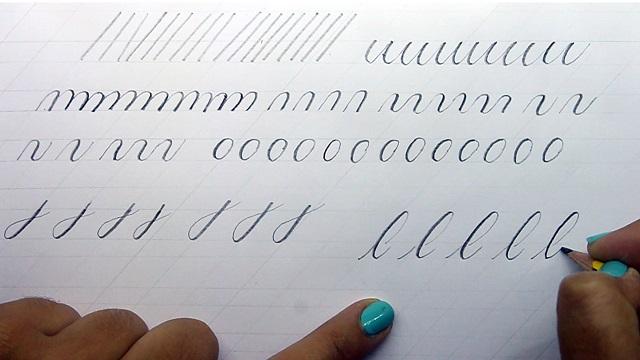 Trazos básicos caligrafía con lápiz estilo Copperplate