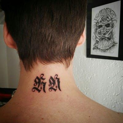 Tatuaje caligrafía gótica 2
