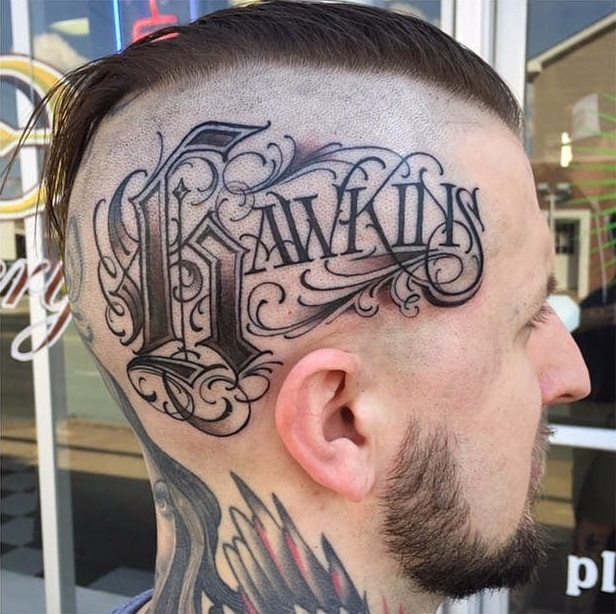 Tatuaje caligrafía gótica 8