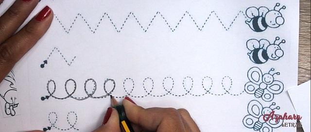 Ejercicios grafomotricidad para niños bucles