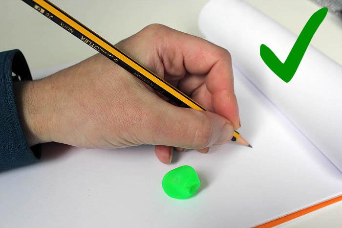 Agarrar lápiz zurdos correcto