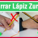 Cómo sujetar el lápiz para zurdos – Curso de caligrafía para zurdos – Lección 1