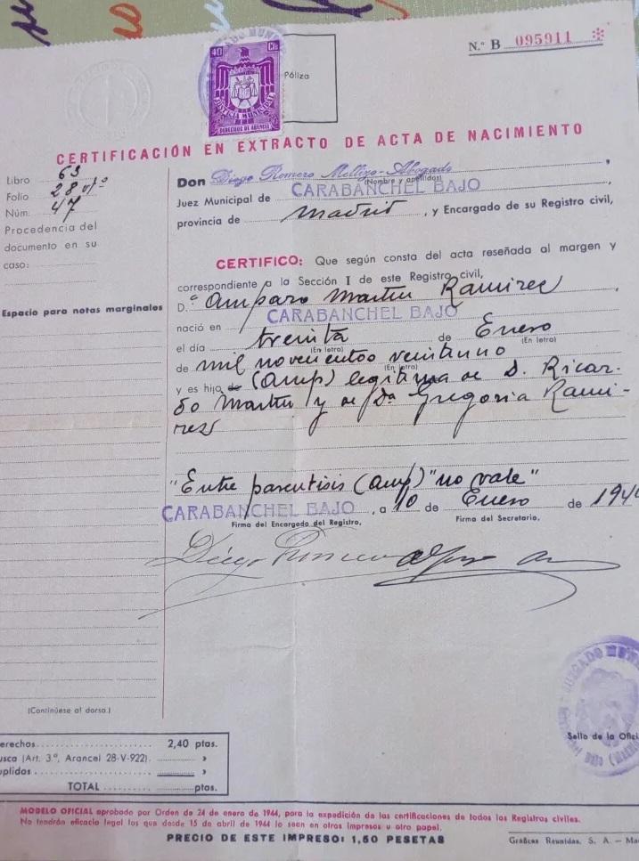 Extracto de acta de nacimiento en Carabanchel, Madrid, años 40